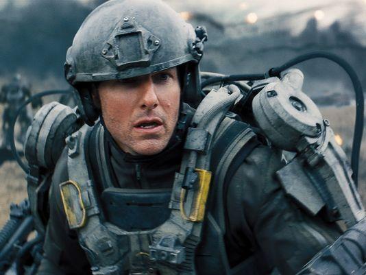 """Filme """"No Limite do Amanhã"""", com Tom Cruise e Emily Blunt, ganha trailer"""