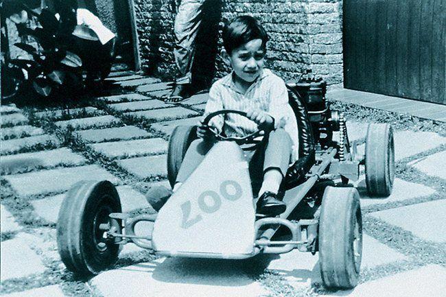 1º carro de corrida construído por Ayrton Senna