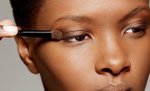 Maquiagem para pele negra: sombra