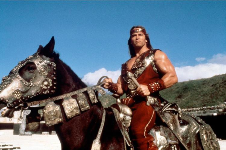 Arnold Schwarzenegger em Guerreiros de Fogo