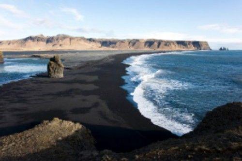 Praia preta de Vik (Islândia)