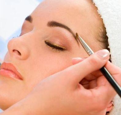 Dicas para consertar as sobrancelha - Hena