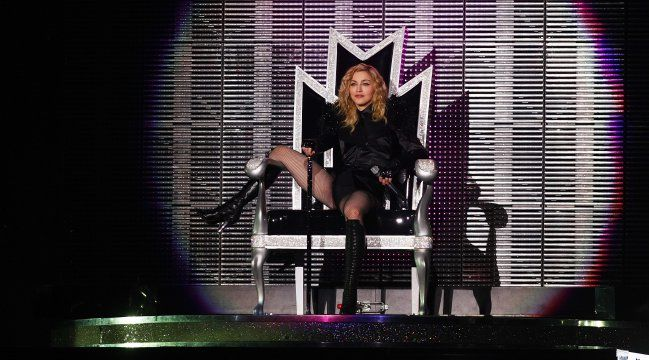 "Madonna – ""Sticky and Sweet Tour"""