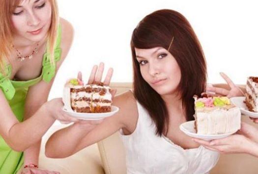 O estômago diminui quando a pessoa passa comer menos