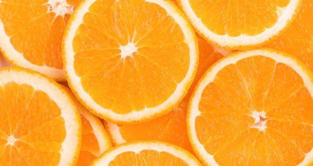 Casca de laranja tira odor de fritura