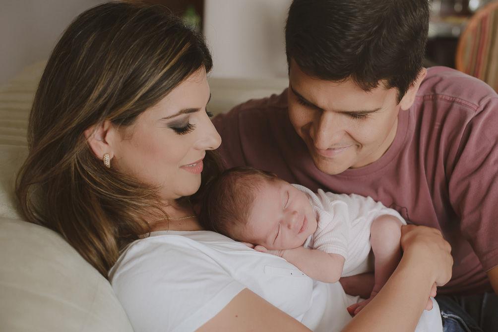 Coisas que os pais precisam saber sobre cuidados com o recém-nascido