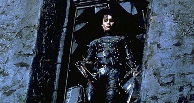 Edward Mãos de Tesoura (Tim Burton)