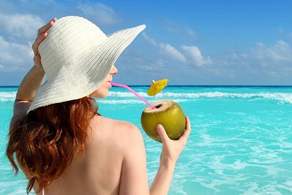 Os benefícios que a água de coco pode oferecer