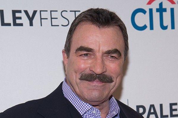 Tom Selleck recusa o papel de Indiana Jones