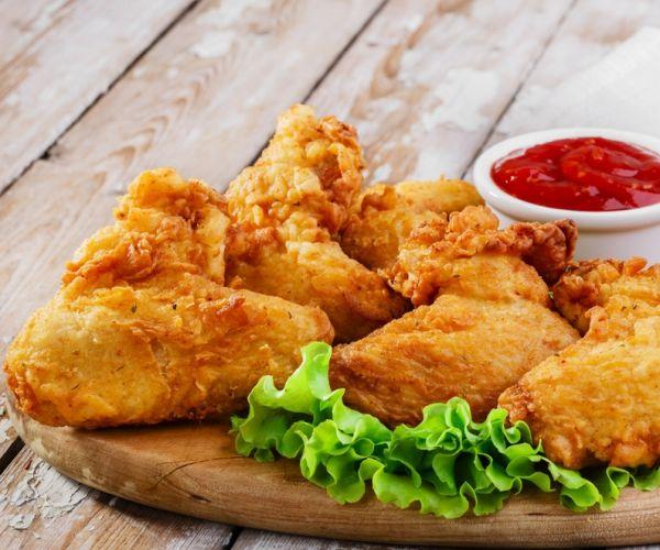 Dicas e truques que vão te ajudar a fazer um frango frito